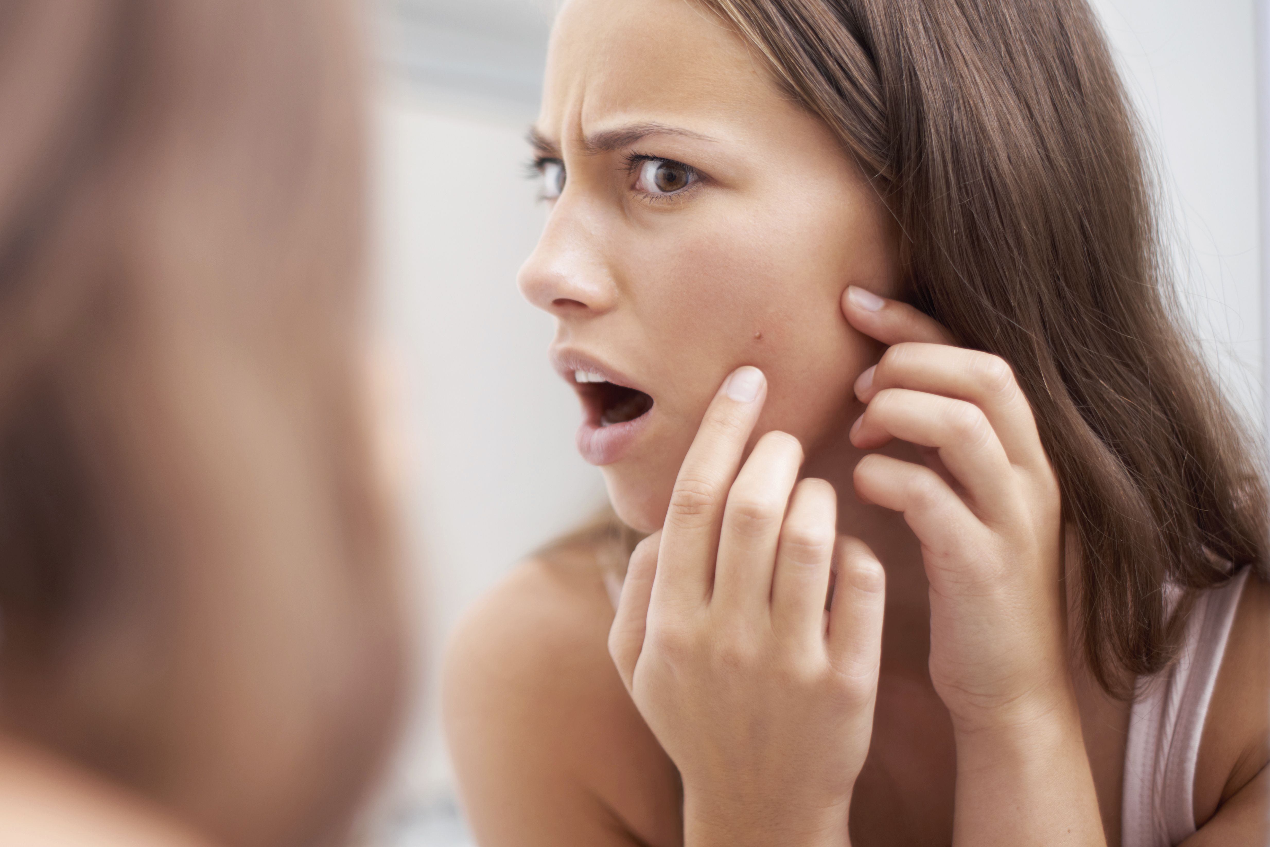 17 Struggles Girls With Super Strict Parents Understand - Dealing