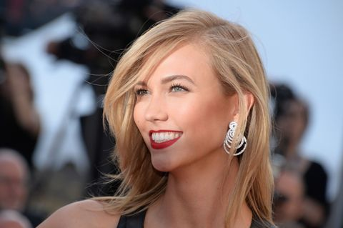 Earrings, Lip, Mouth, Hairstyle, Chin, Forehead, Eyelash, Eyebrow, Style, Beauty,