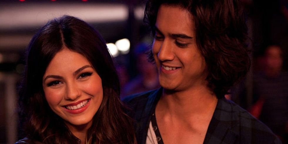 On victorious is tori dating beck