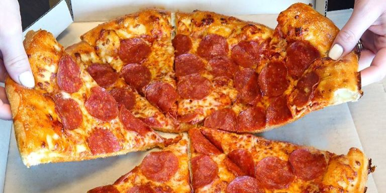 analysis of pizza hut for class This article discusses the marketing mix of pizza hut as pizza hut is a service, the article discusses 7 p of pizza hut in its service marketing mixpizza hut is known to be a smart promoter for its own products.