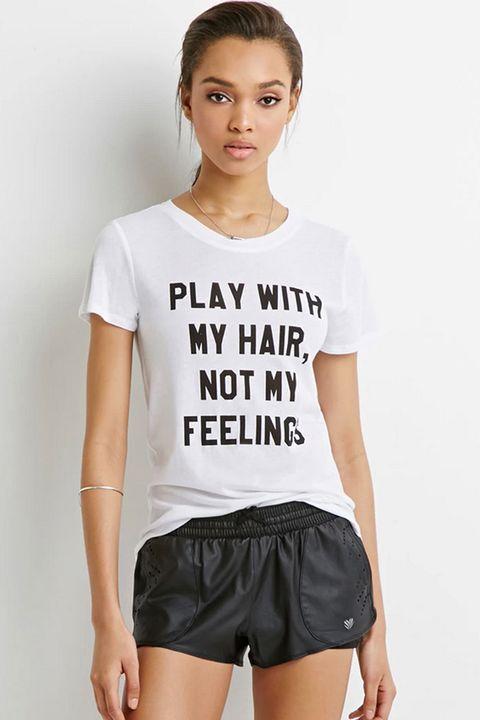 Lip, Sleeve, Human body, Shoulder, Joint, White, Waist, Style, Eyelash, Shorts,