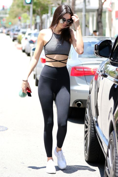 Clothing, Tights, Sportswear, Street fashion, Spandex, Waist, Crop top, Sports bra, yoga pant, Leg,