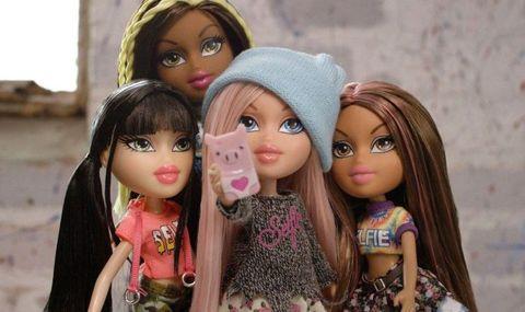 Head, Lip, Cheek, People, Eye, Hairstyle, Toy, Forehead, Eyebrow, Doll,