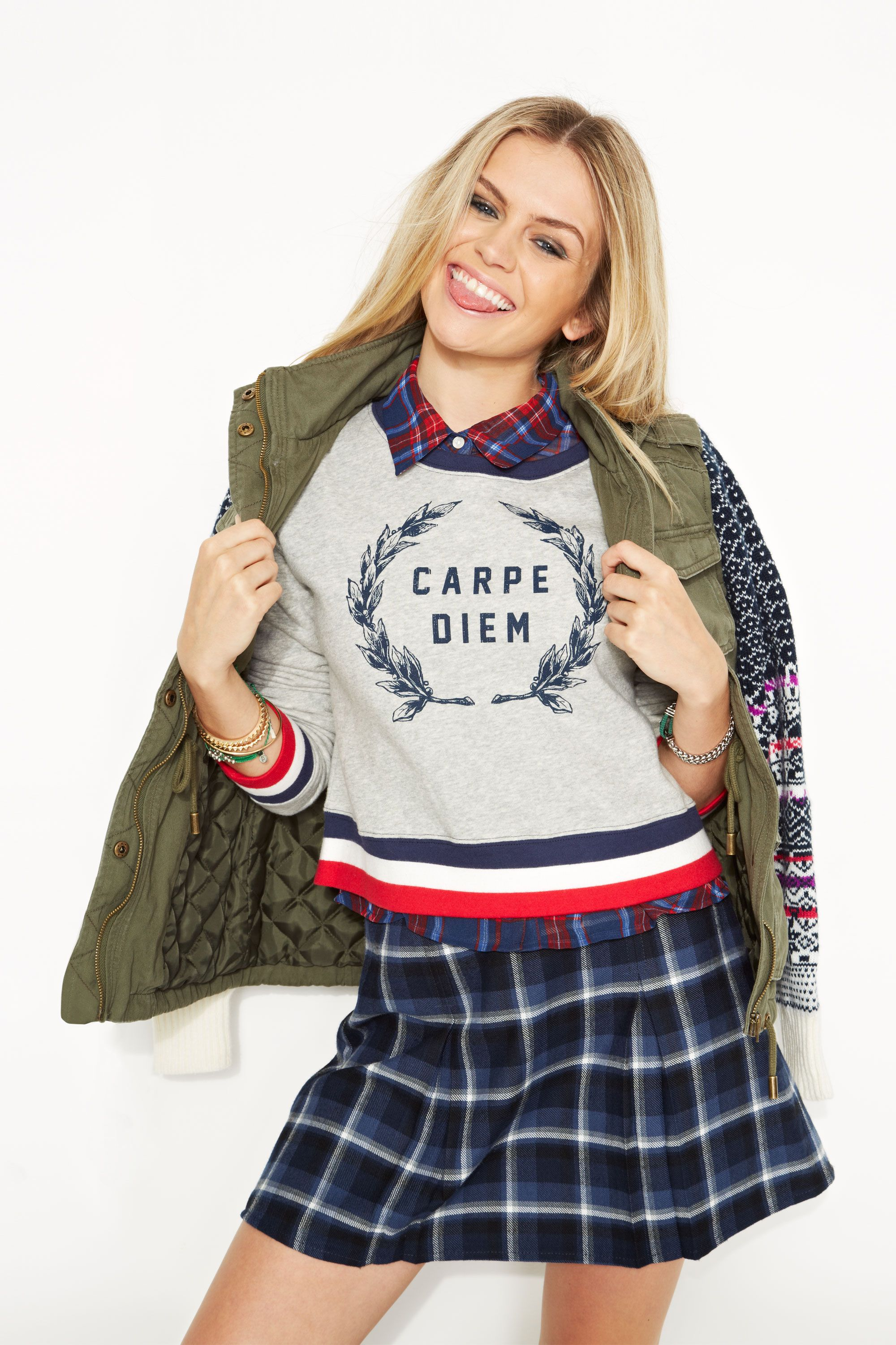 5d19b1216c 30+ Cute Back to School Outfits for Fall 2018 - What to Wear to School