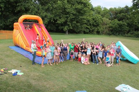 Fun, People, Recreation, Social group, Public space, Leisure, Tree, Community, Summer, Style,
