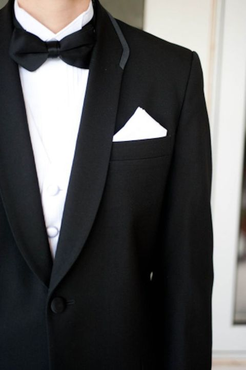 Clothing, Coat, Dress shirt, Collar, Sleeve, Outerwear, Formal wear, Suit, Style, Blazer,