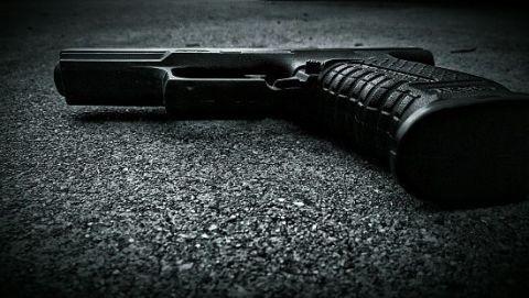 Still life photography, Trigger, Shotgun, Gun accessory, Air gun, Cylinder, Office equipment, Gun barrel, Revolver,