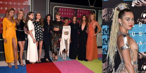 Clothing, Flooring, Dress, Carpet, Style, Premiere, Fashion, Youth, Eyelash, Public event,