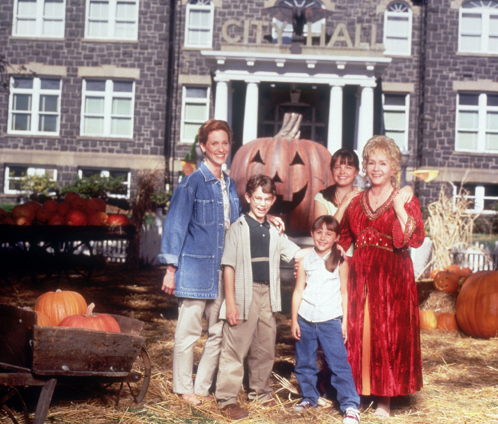 Halloween Town Oregon Schedule 2020 Halloweentown' is a Real Place   Visit Where Halloweentown Was Filmed