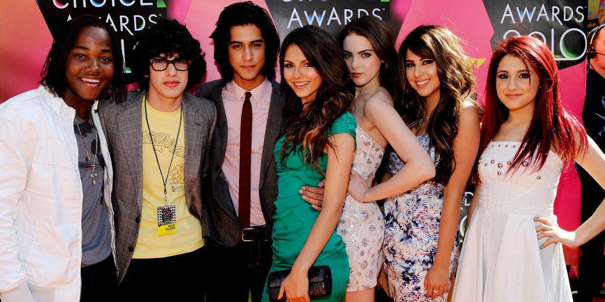 The Quot Victorious Quot Cast Reunited And Victoria Justice Was