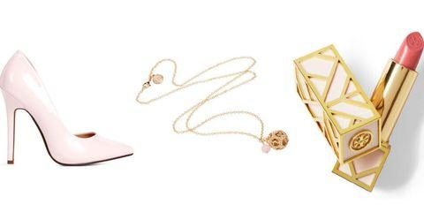 Jewellery, Metal, Chain, Beige, Body jewelry, Brass, Earrings, Gold, Triangle, Silver,