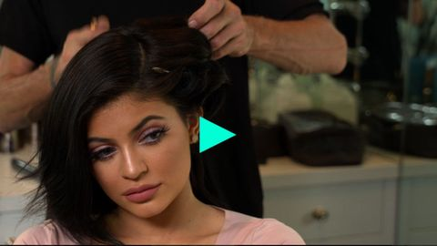 Lip, Hairstyle, Skin, Forehead, Eyebrow, Eyelash, Style, Black hair, Beauty, Beauty salon,