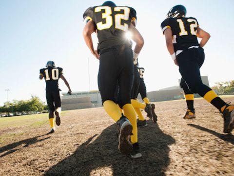 Leg, Sports uniform, Yellow, Trousers, Sportswear, Jersey, Sports gear, Football equipment, T-shirt, Football gear,