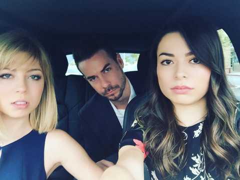 Nathan Kress Wedding.There Was An Epic Icarly Reunion At Nathan Kress Wedding