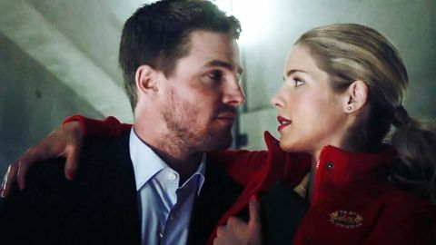 Felicity and oliver start dating
