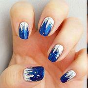 Blue, Finger, Brown, Skin, Nail, Nail care, Nail polish, Majorelle blue, Purple, Liquid,