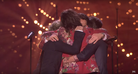 One Direction S Final Performance And Hug Before Their