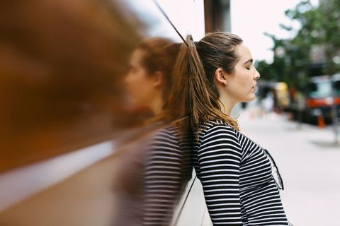 Hairstyle, Shoulder, Style, Street fashion, Beauty, Long hair, Brown hair, Blond, Step cutting, Portrait photography,