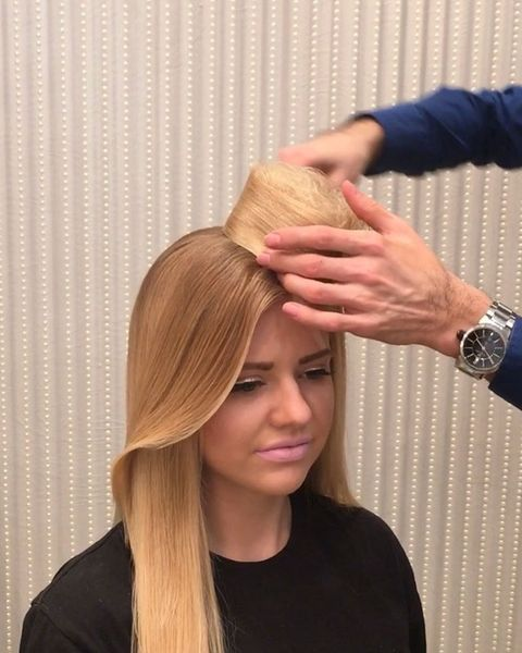 Hairstyle, Wrist, Watch, Style, Fashion accessory, Long hair, Step cutting, Blond, Brown hair, Hair coloring,