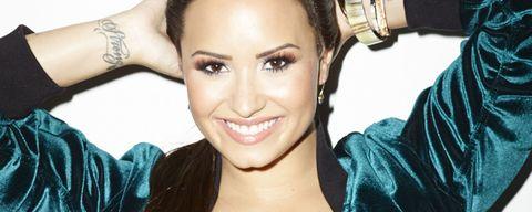 Nose, Lip, Smile, Product, Hairstyle, Skin, Chin, Forehead, Eyebrow, Eyelash,