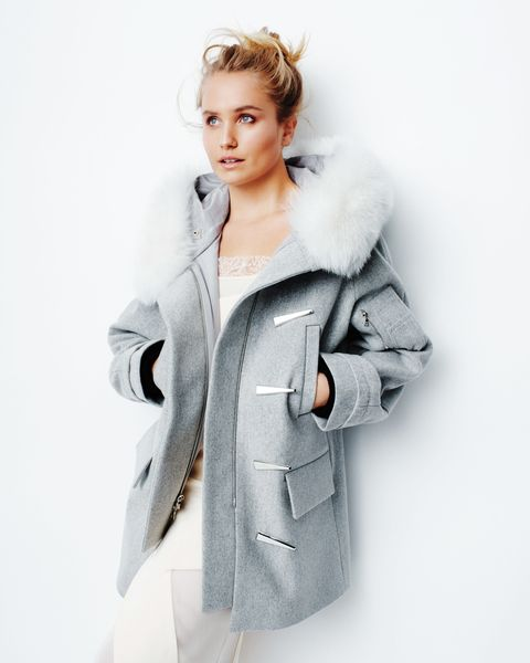 Clothing, Sleeve, Shoulder, Collar, Textile, Outerwear, Overcoat, Coat, Style, Street fashion,