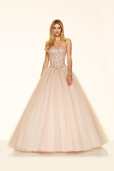 Clothing, Sleeve, Dress, Shoulder, Textile, Formal wear, Gown, One-piece garment, Bridal clothing, Embellishment,