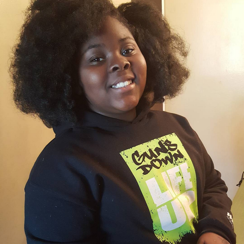 de5e411dc15f 10-Year-Old Girl Gets Revenge on Body Shamers With Adorable Clothing ...