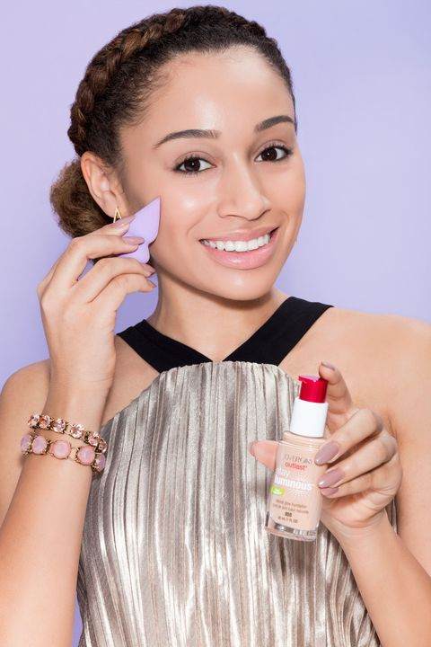 "<p>Start by applying a radiant foundation onto your face and neck with a makeup sponge. My pick? COVERGIRL Outlast Stay Luminous Foundation in <a href=""https://www.covergirl.com/beauty-products/face-makeup/foundation-makeup/outlast-stay-luminous-oil-free-foundation"" target=""_blank"">Soft Honey</a> — this formula gives full coverage <em>and</em> a totally radiant finish! </p>"
