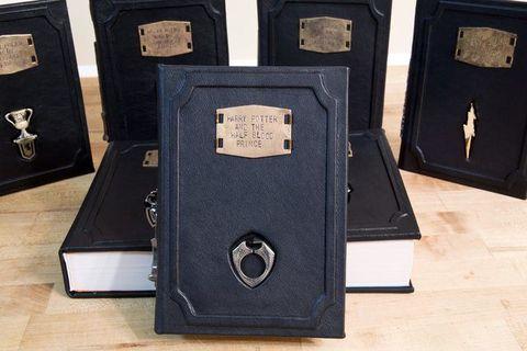 Hardwood, Wood stain, Rectangle, Plywood, Book, Still life photography, Square, Publication, Varnish, Pocket,