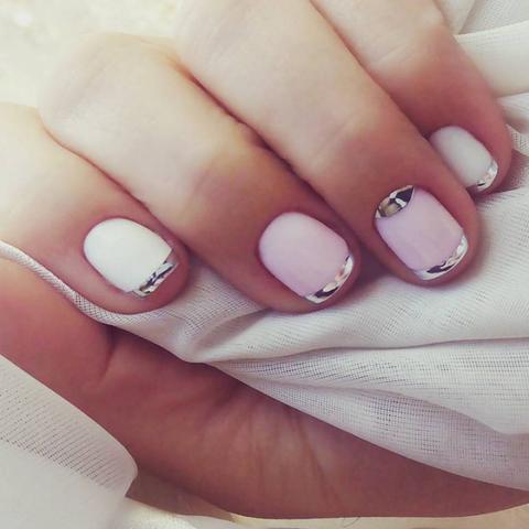 Finger, Skin, Nail, White, Nail care, Nail polish, Beauty, Manicure, Toe, Beige,