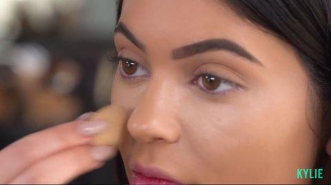 Lip, Cheek, Brown, Skin, Forehead, Eyebrow, Eyelash, Beauty, Organ, Iris,