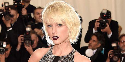 Hairstyle, Camera, Eyelash, Style, Bangs, Digital camera, Cameras & optics, Blond, Step cutting, Drink,