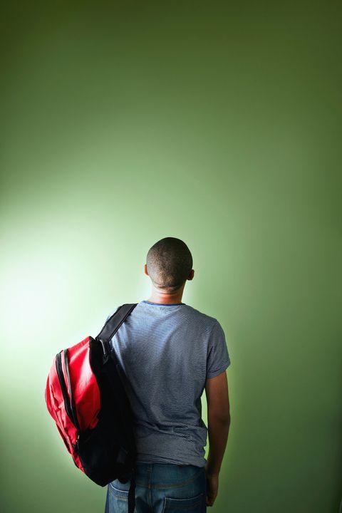 Standing, Elbow, Bag, Back, Carmine, Luggage and bags, Waist, Strap, Belt, Pocket,