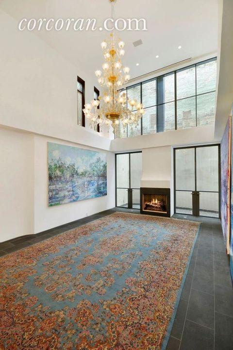 Interior design, Floor, Flooring, Room, Wall, Ceiling, Light fixture, Interior design, Chandelier, Glass,