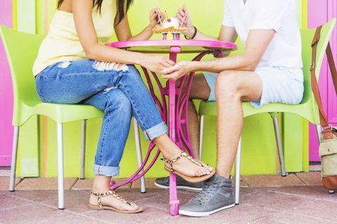 boyfriend jeans, date, ice cream, froyo