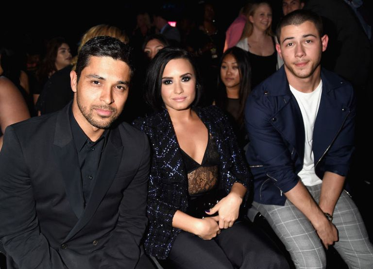 are-nick-jonas-and-demi-lovato-dating-kristal-fucked-gif