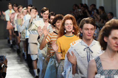 Hair, Face, Crowd, Fashion, Youth, Plaid, Audience, Tartan, Convention, Hair coloring,