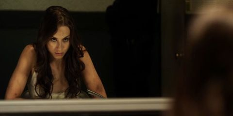 Hairstyle, Eyebrow, Eyelash, Black hair, Long hair, Brown hair, Layered hair, Model, Step cutting, Photo shoot,