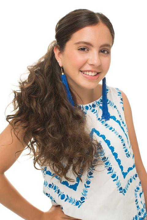 Hair, Hairstyle, Shoulder, Earrings, Style, Beauty, Eyelash, Neck, Long hair, Electric blue,
