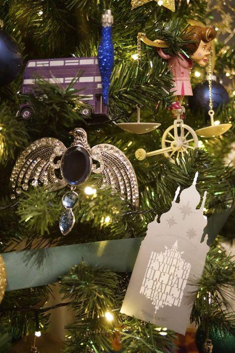 Harry Potter Christmas Tree - Harry Potter Christmas ...
