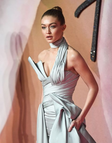 Clothing, Hairstyle, Dress, Shoulder, Style, One-piece garment, Gown, Fashion model, Fashion, Day dress,