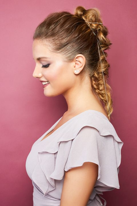 29 Gorgeous Prom Hairstyles 2021 - Cute & Easy Prom Hair ...