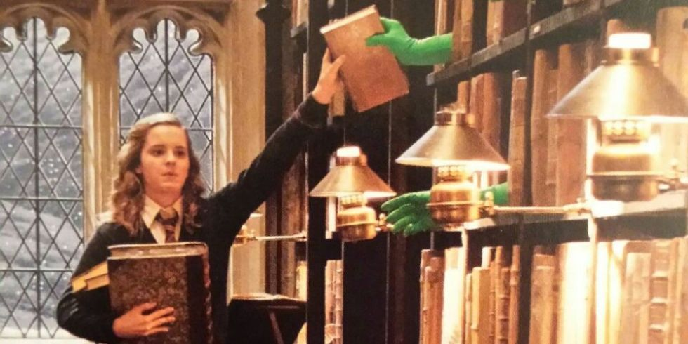 This Behind The Scenes Quot Harry Potter Quot Pic Will Ruin Your