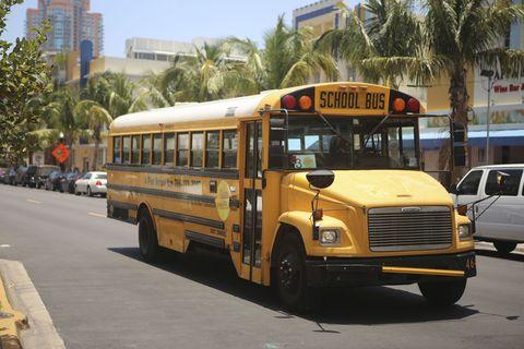 Motor vehicle, Wheel, Mode of transport, Transport, Vehicle, Bus, Land vehicle, Automotive parking light, School bus, Public transport,