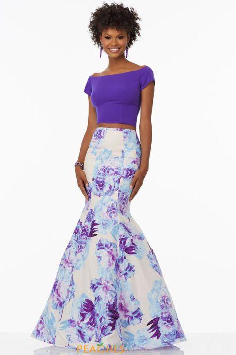 Clothing, Dress, Fashion model, Purple, Shoulder, Waist, Violet, Lilac, Lavender, Day dress,