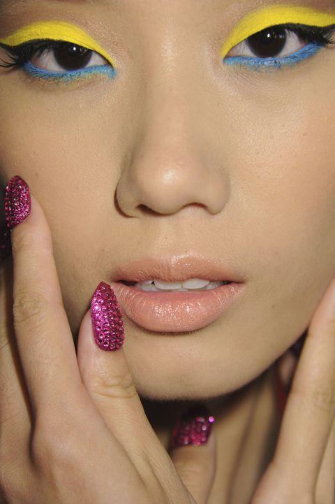 Lip, Nail, Face, Beauty, Eyebrow, Nail care, Skin, Close-up, Nose, Finger,
