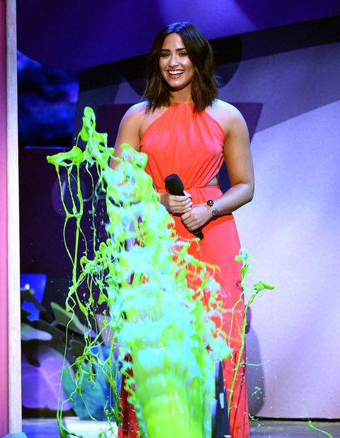 Watch Demi Lovato S Sad Reaction To Getting Slimed At The