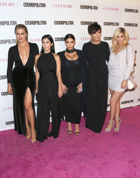 Red carpet, Dress, Little black dress, Carpet, Premiere, Event, Flooring, Fashion, Cocktail dress,