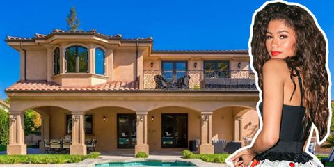 Property, Real estate, Swimming pool, Facade, House, Villa, Home, Door, Azure, Resort,
