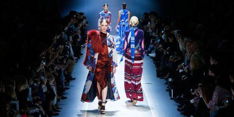 Runway, Fashion model, Fashion, Fashion show, Fashion design, Public event, Event, Dress, Haute couture, Model,